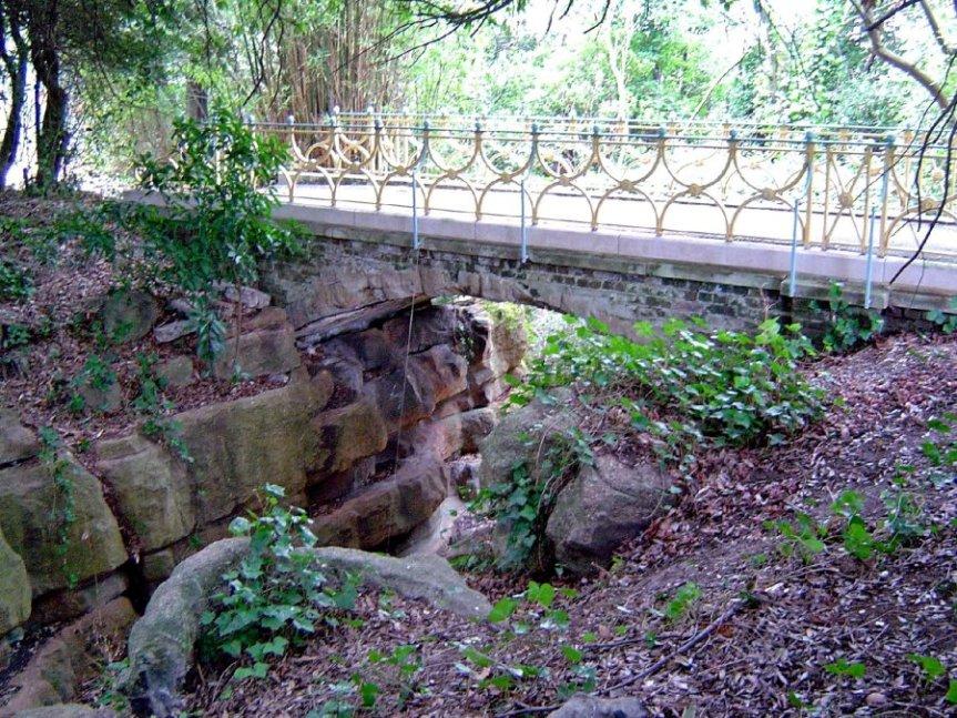25-03 - Streatham Park Hill Bridge DK