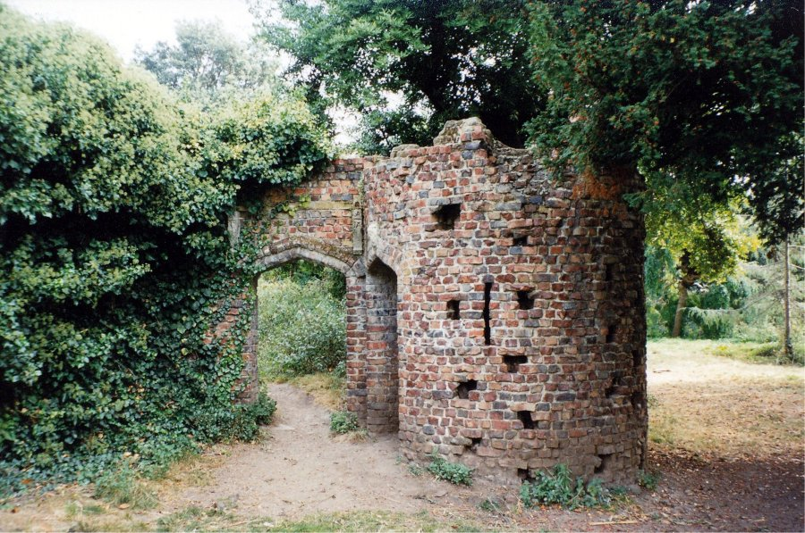 25 05 Gunnersbury Park Folly The Pulham Legacy