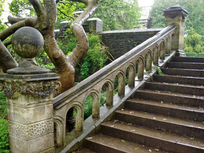 4-2-6-06 - Insole Court - Steps, Pier and Balustrade - A Salisbury 042