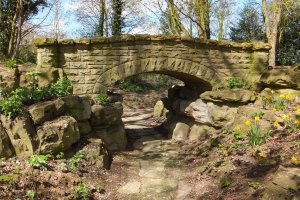 5-1-25-8 - Elmsotone Court - Bridge South - DSCF1372