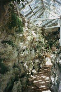 5-10-37-01 - Acacias Corridor