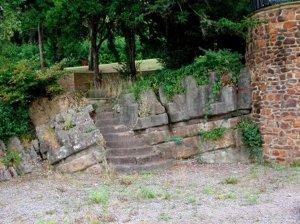 5-10-37-08 - Juniper Hill Pulhamite steos
