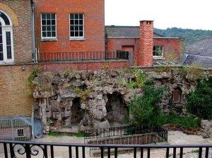 5-10-37-10 - Juniper Hill courtyard rh side - 2001