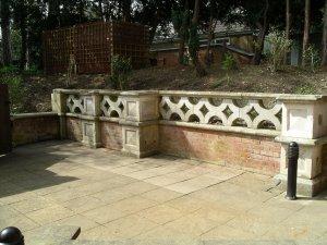 5-10-38-03 - Blecthley Park - Balustrade IMGP2347