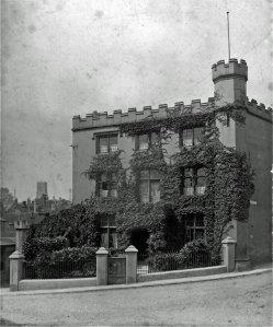 1-5-01-1 - Lockwoods Castle