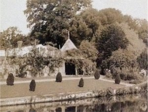 5-10-41-08 - Lamberhurst - Lake  and Summerhouse c1900
