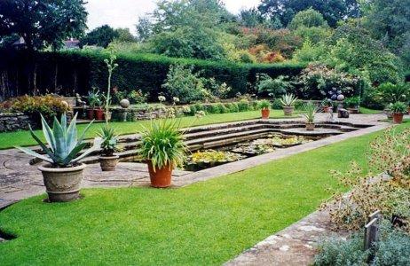 1-5-39-1 - Bracken Hill - Italian Garden 2000