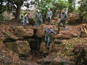 5-1-44-06 - Bromley Gardens - Cascade