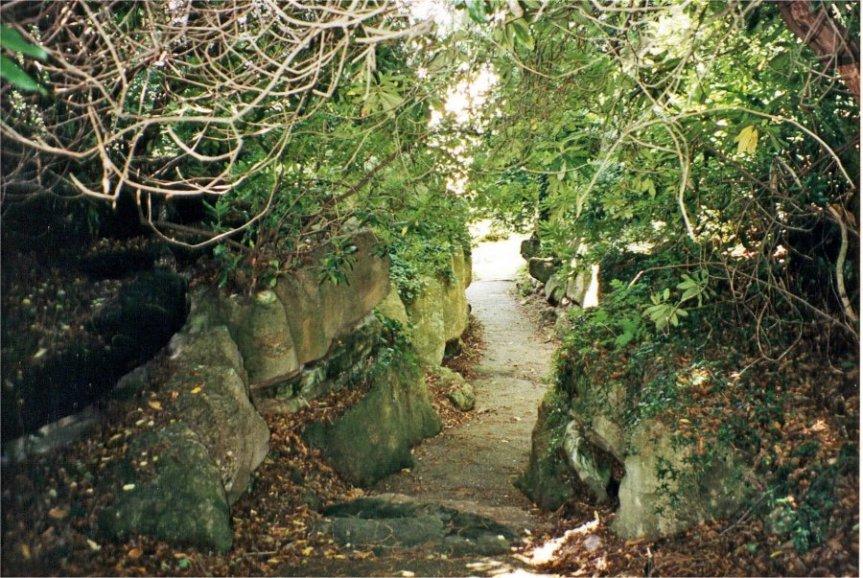 5-10-45-2 - Sundridge Park Pathway 2