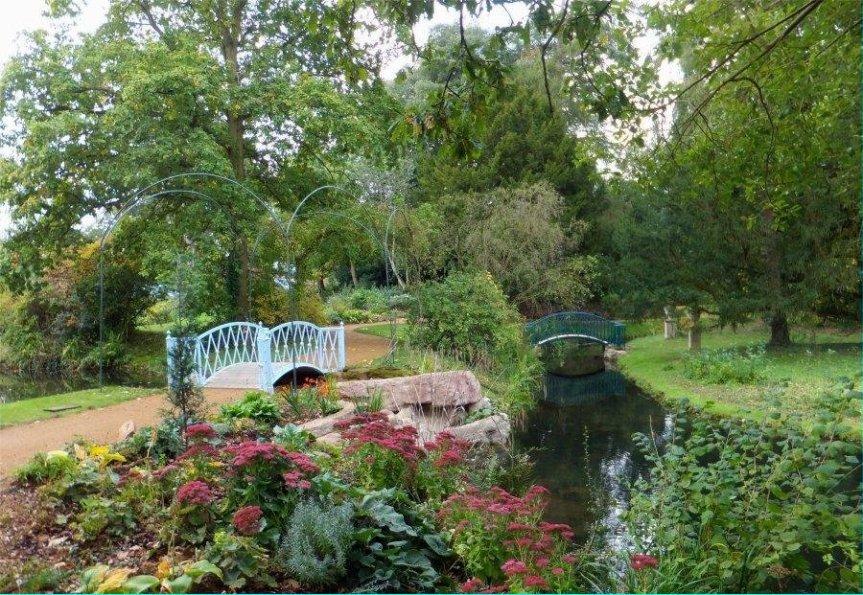 150401 - Swiss Garden Stream