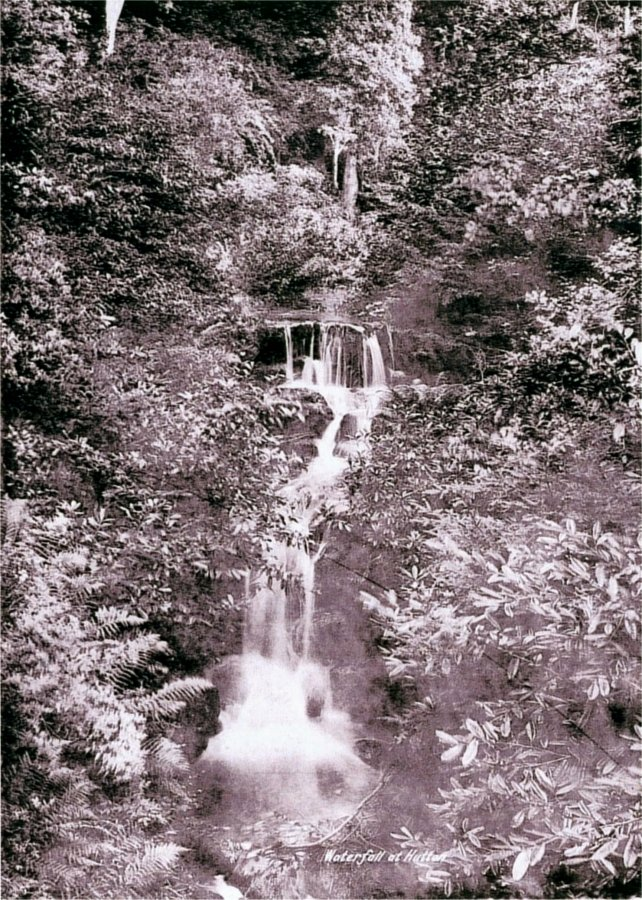 5-10-49-03 - Guisborough GD Waterfall 1900
