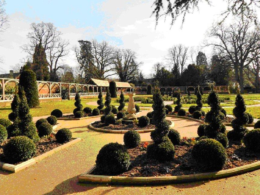 150909 - Worth Park Sundial Garden