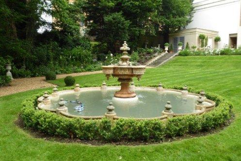 160704 - Fountain House